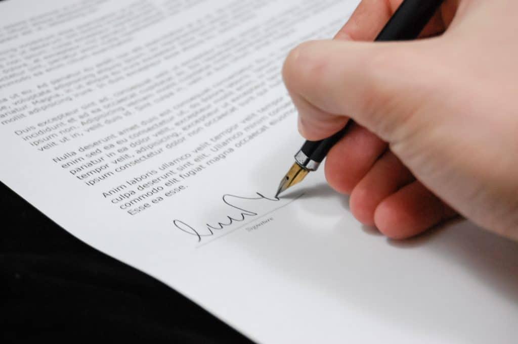 Qu'est-ce qu'une clause de substitution ?